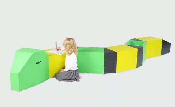 Детский стол для рисования Guillaumit Drawing Tables от Guillaume Castagne