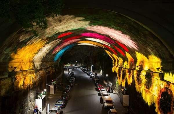 Необычный 'расписной' тоннель во время фестиваля Vivid Sydney