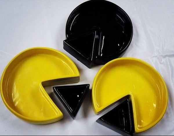 Тарелки в виде Pac-man от Miguel Zertuche