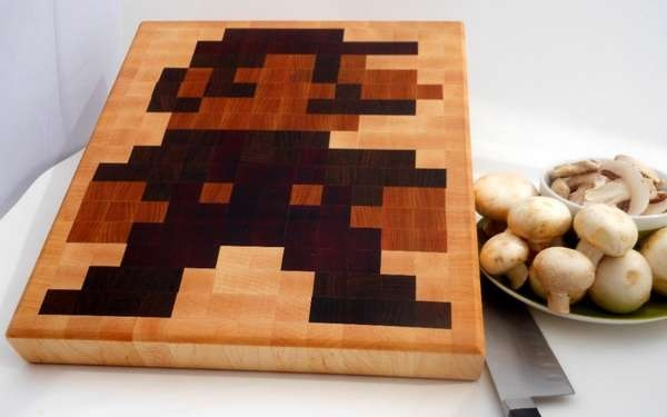 Гиковская разделочная доска Super Mario от Jim Van Winkle