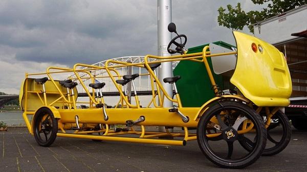 Школьный автобус-велосипед PC Digest