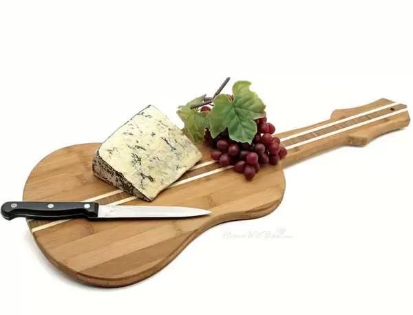 Оригинальная разделочная доска для поваров-меломанов
