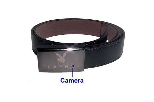 скрытая камера снимает под юбкой видео