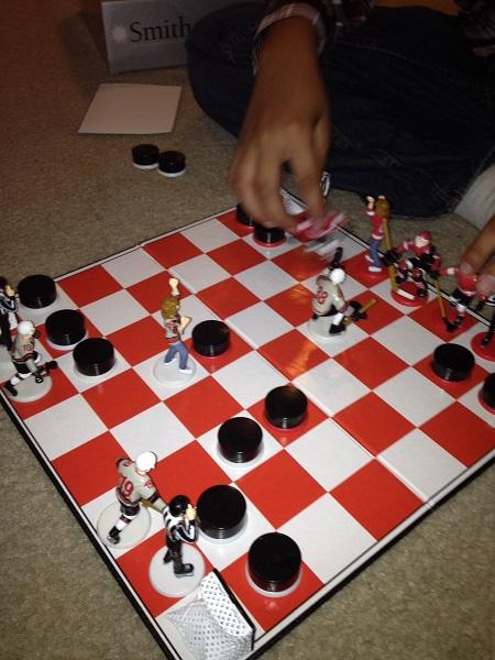 Hockey chess – тематические шахматы для фанатов хоккея