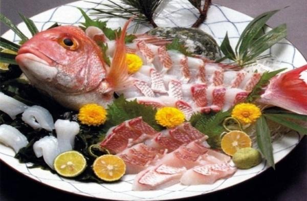 Ikizukuri - блюдо из живой рыбы