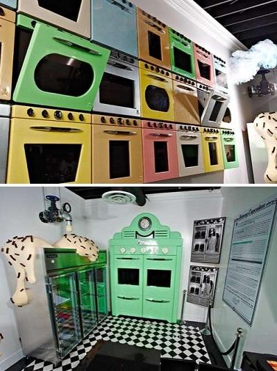 Johnny Cupcakes Stores – бутик-псевдокондитерская, привлекающий модников и сладкоежек