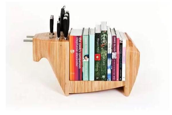 Kitchen Bull - гибрид книжной полки и подставки для ножей от Toro Legno