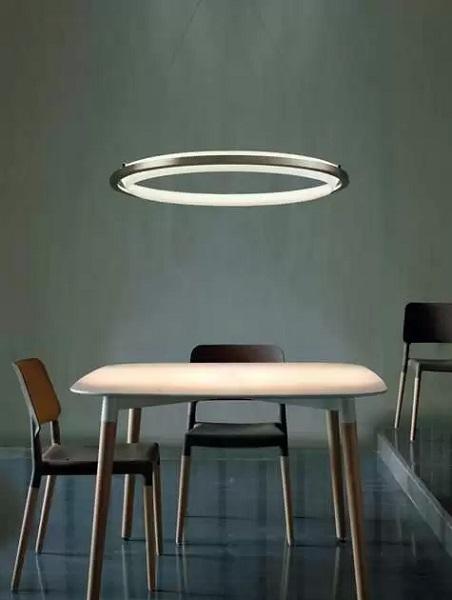 Люстра Nimba - оптическая иллюзия 'неземного света' от Antoni Arola