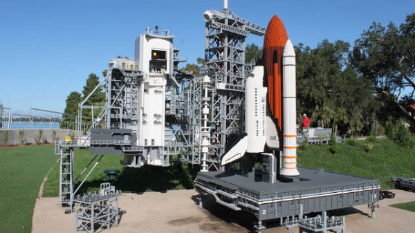 Лего-миниатюра Kennedy Space Center