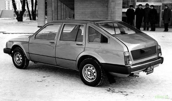 'Меридиан 1700 TS' - редкий автомобиль марки 'Москвич' 1975 года выпуска