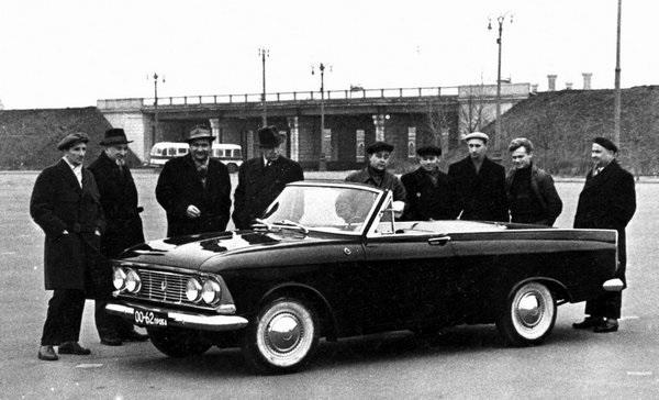 Купе-кабриолет '408-Турист' - редкий автомобиль марки 'Москвич' 1964 года выпуска