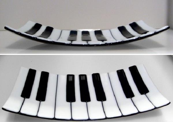 Тарелка-клавиатура Piano Keys Fused Glass Plate