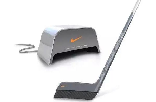 Концептуальное оборудование для домашнего хоккея, позволяющее совместить игру с уборкой
