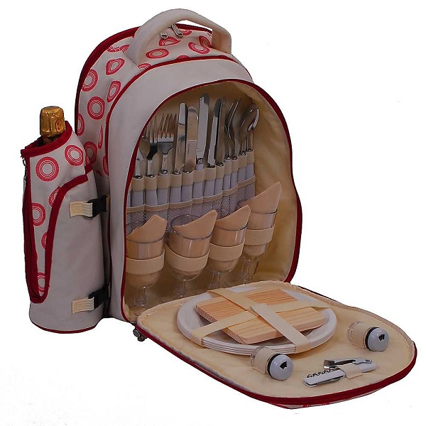 Компактно уложенный набор посуды Sorrento 4 Person Picnic Backpack