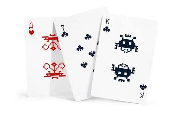 Карты из колоды Space Invaders от Алексея Ляпунова и Лены Эрлих