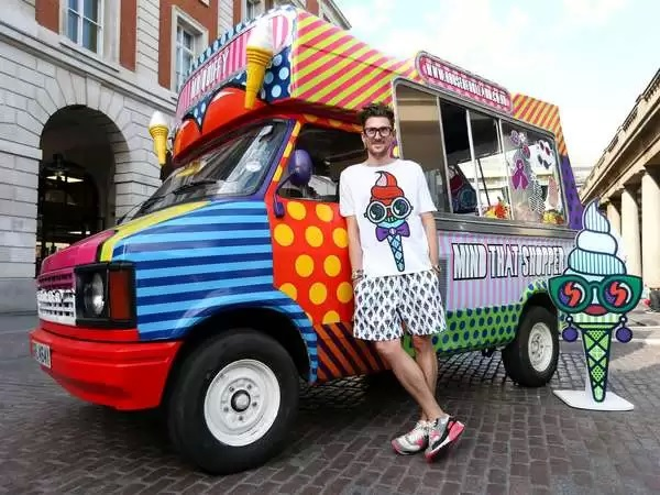 Мобильный бутик – идея необычного тематического магазина от Henry Holland