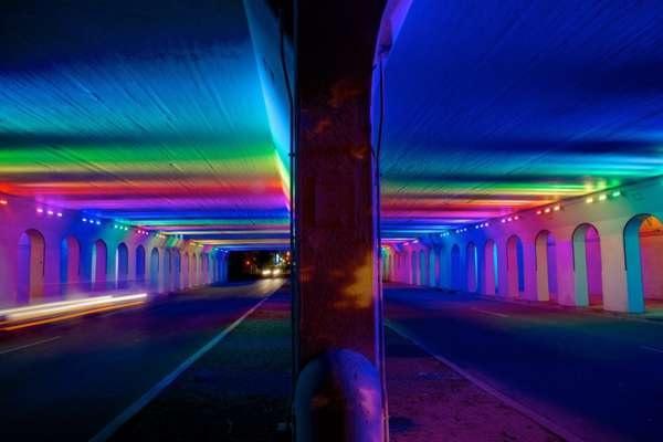 Необычный тоннель-радуга в Бирмингеме