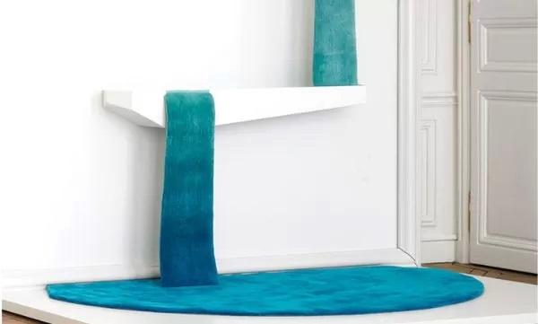 Ковер-'водопад' Reservoir Rug - идея оригинального настенного декора от Mr. Dean Brown's design