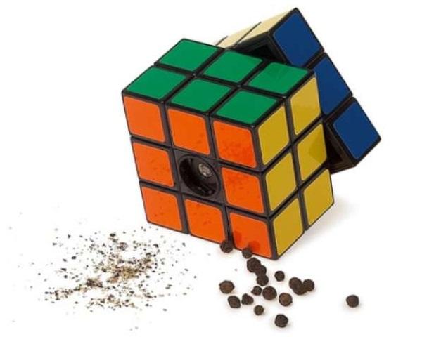 Rubik's Cube Spice Shaker - мельница-'кубик Рубика' для приправ