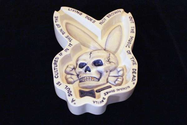Пепельница-череп от Charles Krafft и Erik Brunetti
