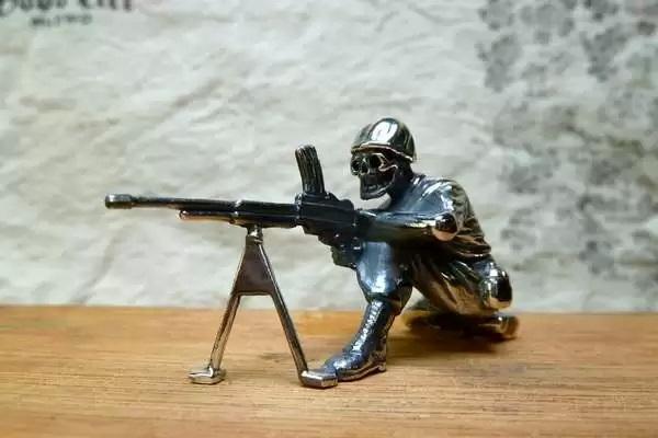 Коллекционные серебряные солдатики от Good Art HLWD
