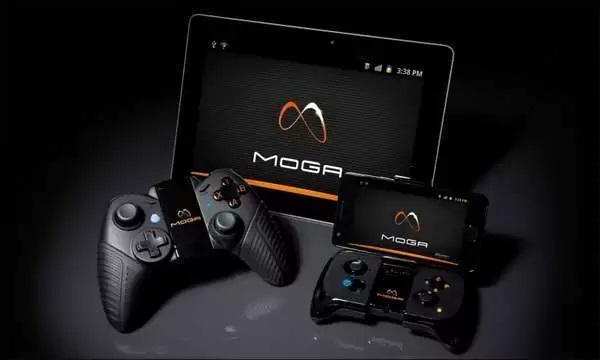 Джойстик PowerA MOGA, которым можно управлять со смартфонов