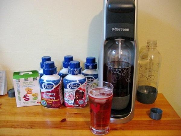 SodaStream soda maker – устройство для приготовления газировки в домашних условиях