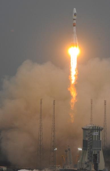 Запуск российской ракеты-носителя Союз с Kourou - самого надежного космодрома во всем мире