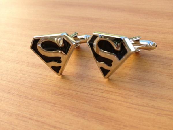 Запонки для Супермена от CufflinksFromMeToMen