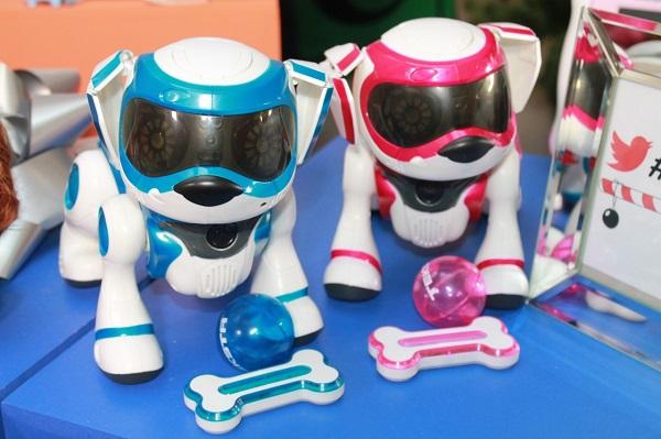 Щенок-робот Teksta puppy – лучшая игрушка-новогодний подарок для детей, пока не готовых завести настоящих животных