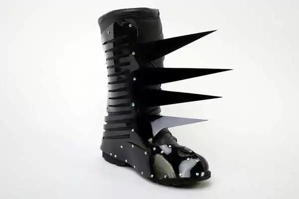 Оригинальная зимняя обувь от Asher Levine