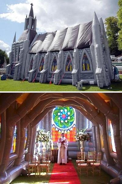 Transparante Kerk - надувная церковь в Нидерландах