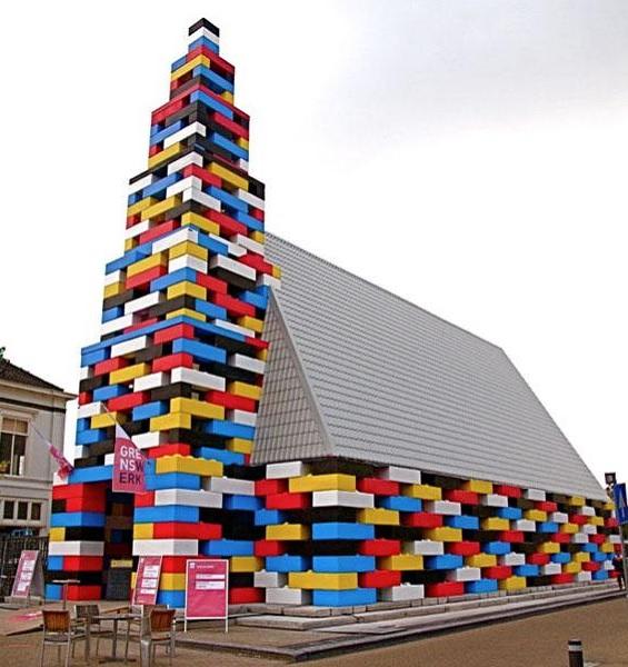 Церковь в стиле LEGO от Michiel de Wit и Filip Jonker