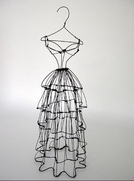 Колючие платья скульптуры от Leigh Pennebaker