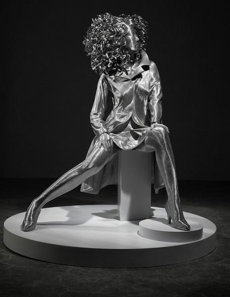 Проволочная скульптура от Seung Mo Park