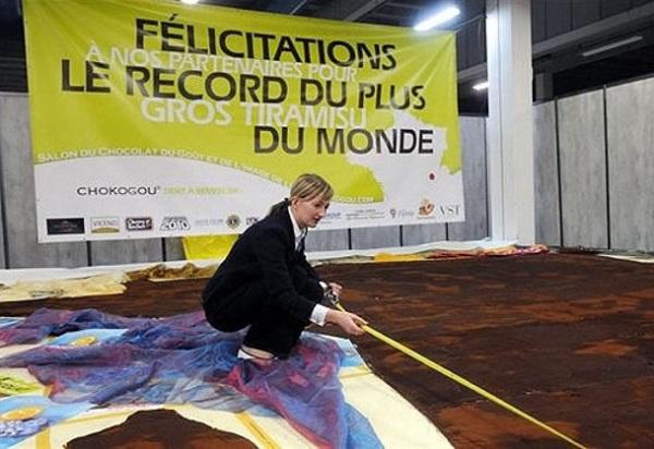 Самое большое в мире тирамису, попавшее в Книгу рекордов Гиннеса в 2009 году