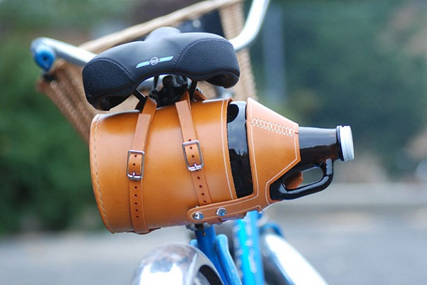 Футляр Leather Bike Growler Carrier.