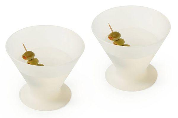 Необычные бокалы из силикона Glasse для мартини и вина