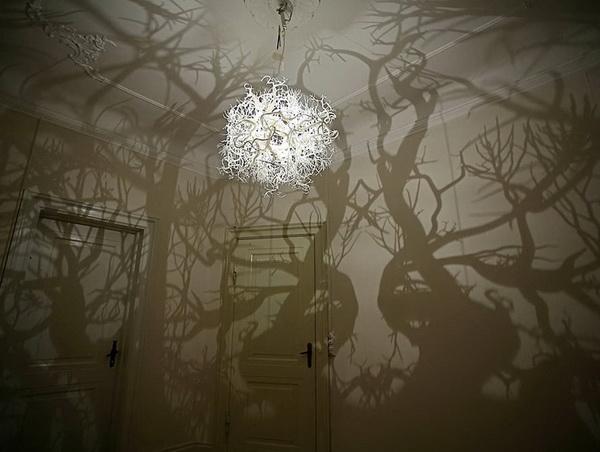 Светильник, родом из дремучего леса