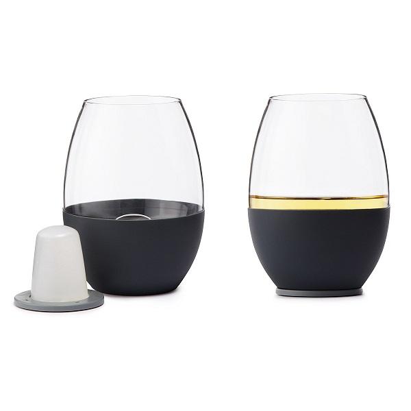 Самоохлаждающийся бокал для вина.