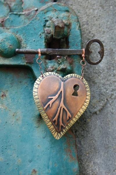 дверная ручка в виде сердца