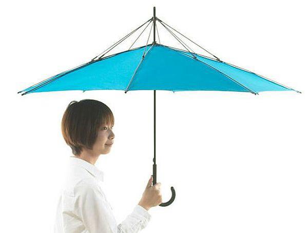 Зонт со спицами, вывернутыми наизнанку