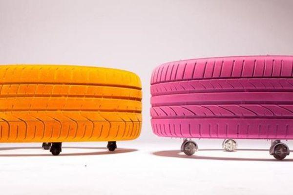 Журнальный столик на колесиках из автомобильных шин
