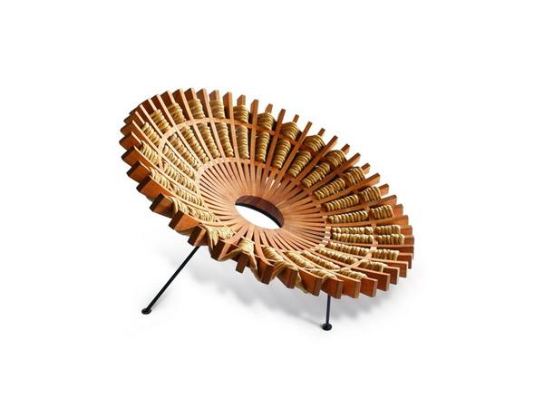 Кресло в виде мексиканской юбки
