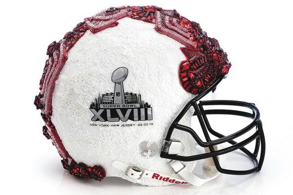 Шлем от Badgley Mischka