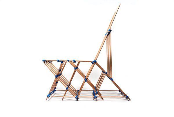 Стілець Chaise, створений з дерев'яних прутів