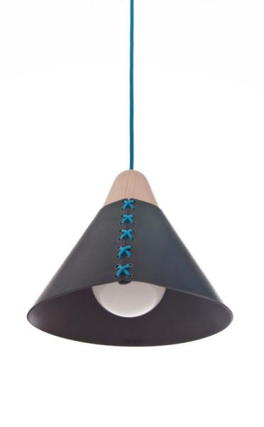 Лампа в корсете от дизайнера Cristian Reyes