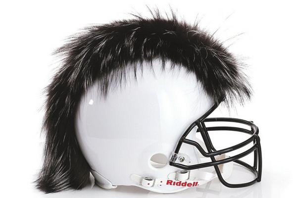Шлем от Dennis Basso