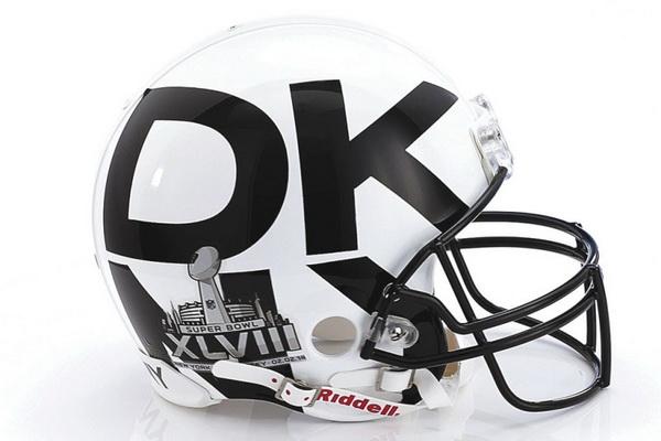 Шлем от Donna Karan