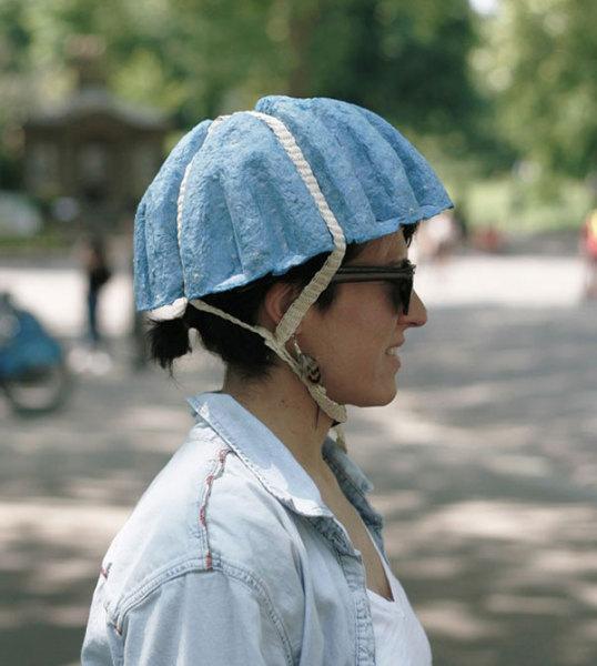 бумажный мотоциклетный шлем